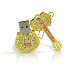 Clé USB Guitare Strass